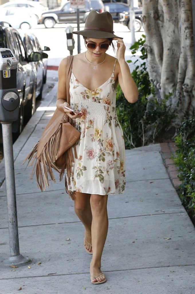Jenna Dewan Strolls Out in West Hollywood, California-Celebzee.com