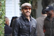 Jeremy Piven Meets a Friend for Coffee