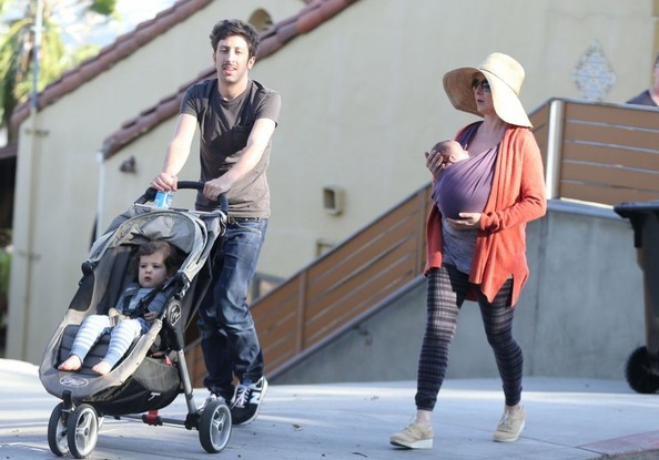 Image result for simon helberg and jocelyn towne family