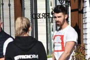 Joe Jonas Out For Lunch In Studio City