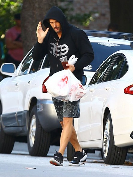 Joe Manganiello - Joe Manganiello Running Errands In Georgia