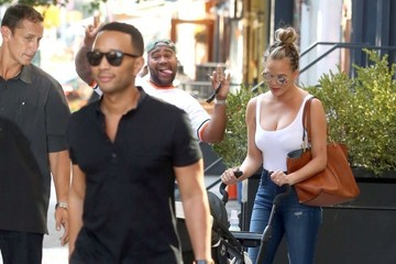 John Legend Chrissy Teigen and John Legend Heads Out and About in NY