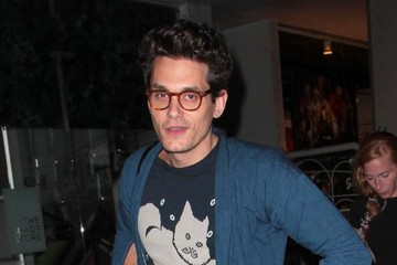 John Mayer John Mayer Grabs Dinner at Madeo