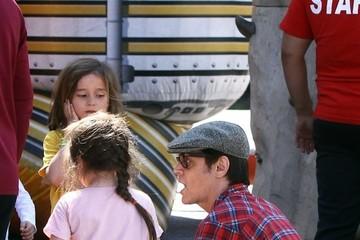Johnny Knoxville Johnny Knoxville Takes His Kids to the Farmers Market