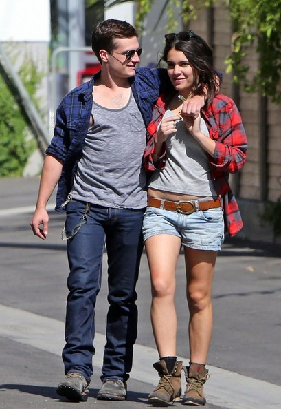 Josh Hutcherson Girlfriend Is he Married or In a Relationship