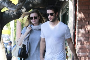 Joshua Bowman Emily VanCamp and Joshua Bowman Do Lunch