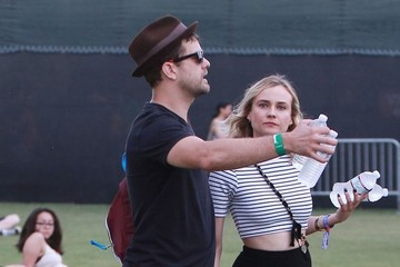 Joshua Jackson Celebs At Day 1 Week 2 Of Coachella