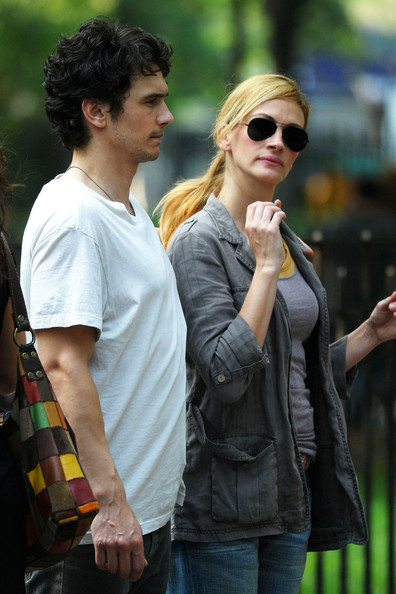 James Franco In Julia Roberts On Set Of Eat Pray Love 2