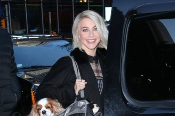 Julianne Hough Celebs Visit 'Good Morning America'
