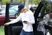 Kaley Cuoco Running Errands In Calabasas