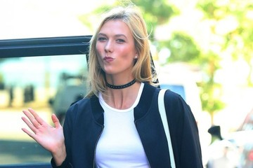 Karlie Kloss Karlie Kloss Goes Out in NYC