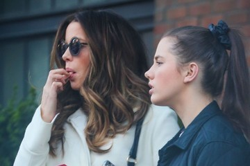 Kate Beckinsale Lily Mo Sheen Kate Beckinsale and Michael Sheen Take Their Daughter Shopping