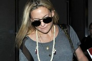 Kate Hudson and Goldie Hawn at LAX — Part 2