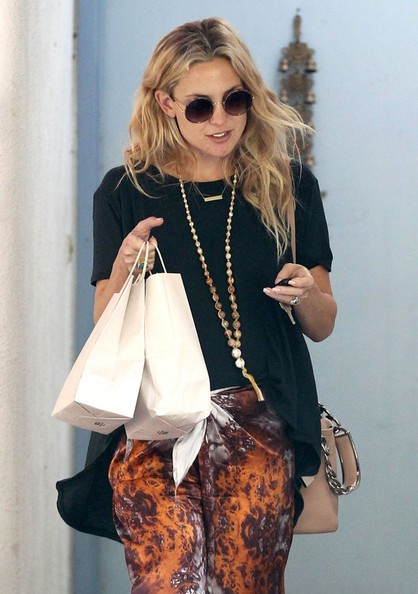 Kate Hudson - Kate Hudson Leaving An Acupuncture Studio
