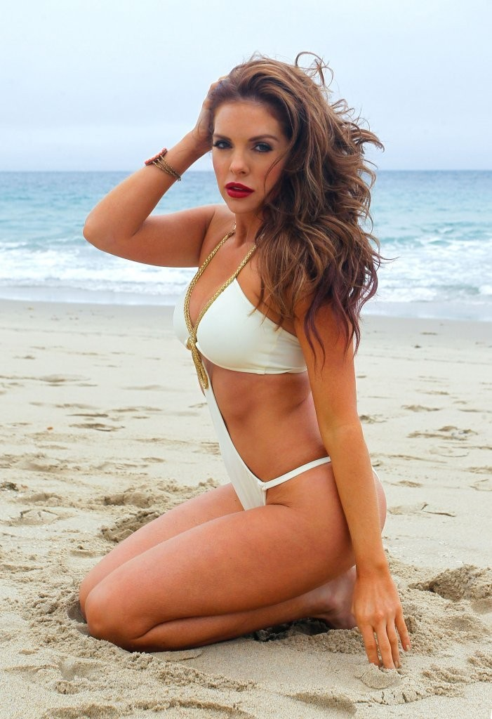 Kayla Collins Celebrating The Hottest Beach Bodies Of