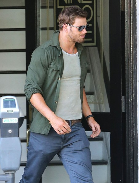Kellan lutz leaving the nine zero one salon pictures for 2 the nines salon