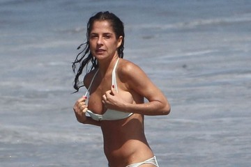 Kelly Monaco Kelly Monaco Shows Off Her Bikini Body in Malibu