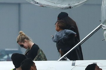 Kim Kardashian North West Kim And Khloe Kardashian Touch Down At Van Nuys Airport