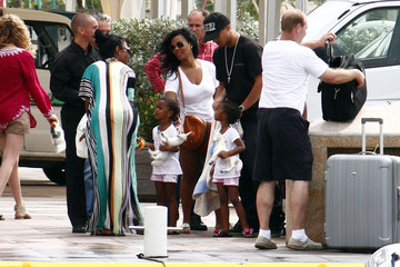 Jessie Combs Kim Porter And Family Out And About In St. Barts