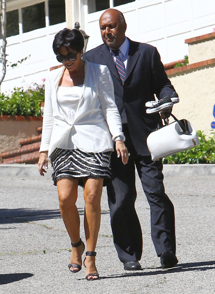 Kris jenner in kris jenner leaving her house in los angeles zimbio House jeansy