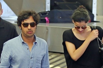 Kunal Nayyar Kunal Nayyar & His Wife Enjoying Their Maui Vacation