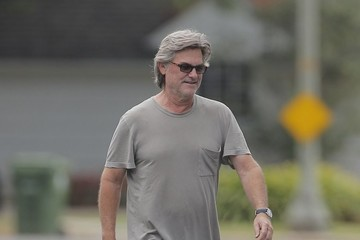 Kurt Russell Kurt Russell and Goldie Hawn Check Out the Construction on Their Home