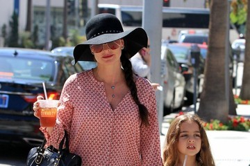 Kyle Richards Portia Umansky Kyle Richards & Daughter Portia Out For Lunch in Beverly Hills