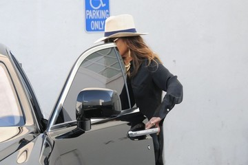 La Toya Jackson La Toya Jackson Seen Leaving Ralph Lauren In Beverly Hills