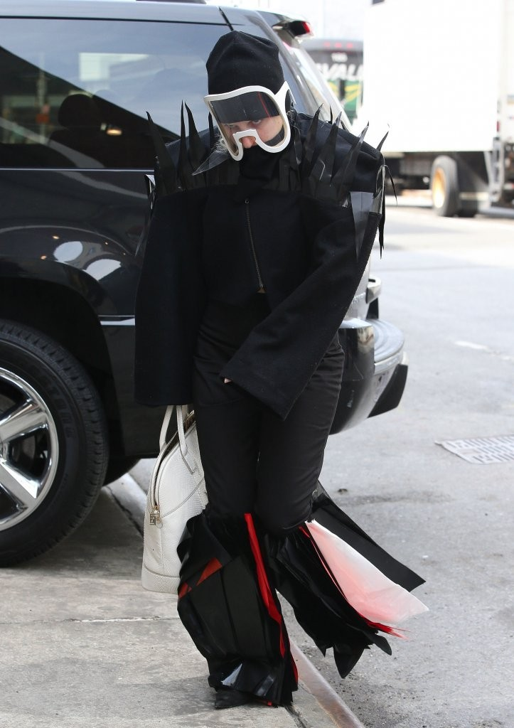 Lady Gaga Arriving At A Studio