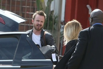 Lauren Parsekian Aaron Paul Catches A Limo Ride With His Wife