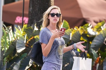 Lauren Stoner Lauren Stoner Shops in Miami