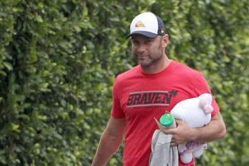 Liev Schreiber Naomi Watts and Family Go for a Walk