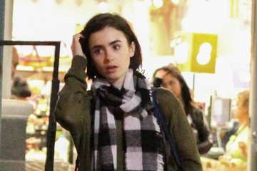 Lily Collins Lily Collins Gets Groceries In West Hollywood