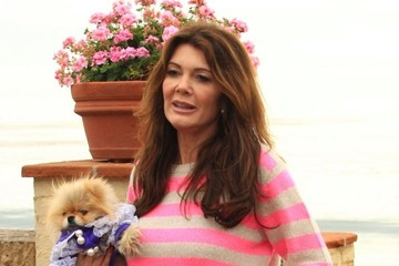 Lisa Vanderpump Lisa Vanderpump & Ken Todd Out For A Stroll On The Beach