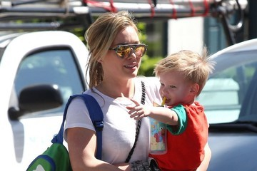 Luca Comrie Hilary Duff Takes Luca to the Park