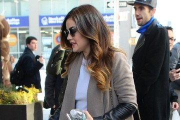 Lucy Hale 'Pretty Little Liars' Cast at Their NYC Hotel