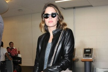 Mandy Moore Mandy Moore Lands at LAX