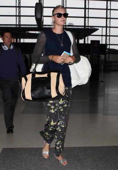 Maria Sharapova - Maria Sharapova Departing On A Flight At LAX