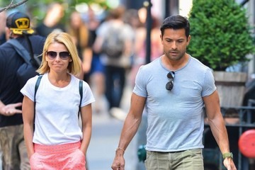 Mark Consuelos Kelly Ripa & Mark Consuelos Out And About In New York