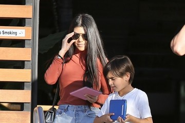 Mason Disick Kourtney Kardashian Plays Laser Tag With Her Son Mason Disick