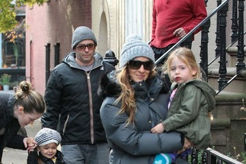 Matthew Broderick Sarah Jessica Parker Walks Her Girls to School