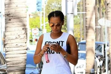 Melanie Brown Mel B Goes Out for a Walk Around Town