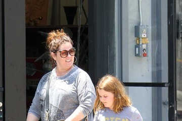 Melissa McCarthy Melissa McCarthy Shops With Her Daughter in Los Angeles