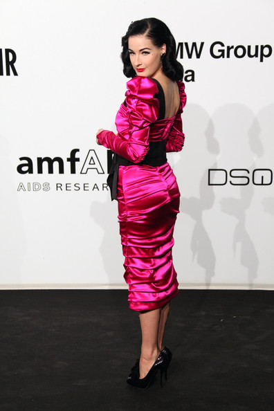 Fashion News: Dita Von Teese, Versace More