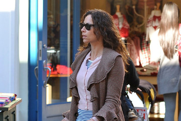 Minnie Driver Minnie Driver Out Shopping At The Grove