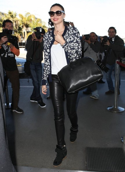 Miranda Kerr - Miranda Kerr Departing Flies Out of LA