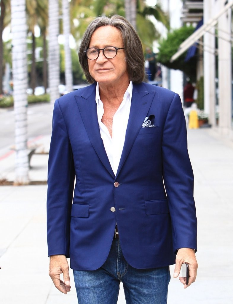 Mohamed Hadid Photos Photos - Mohamed Hadid Shops With a ...  Mohamed Hadid P...