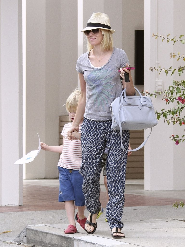 'The Impossible' actress Naomi Watts and her mother Myfawny take the boys to the LA Zoo in Los Angeles, California on March 2, 2013.