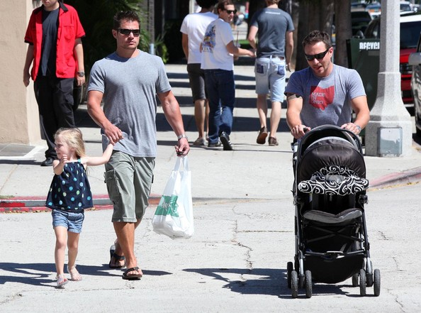 Nick And Drew Lachey Out For Lunch In Studio City