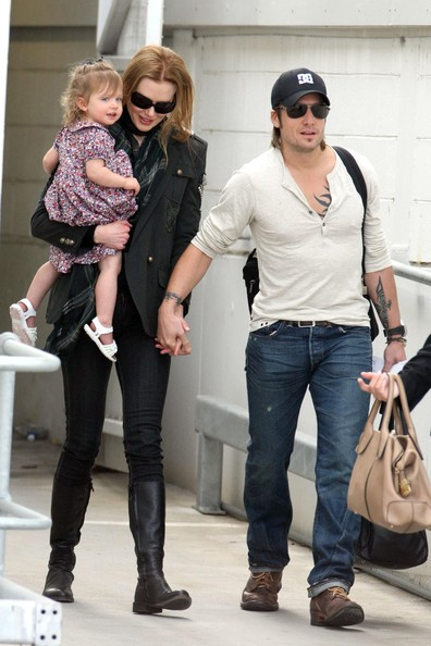 Nicole Kidman, Keith Urban and daughter Sunday-Rose arrive in Sydney.
